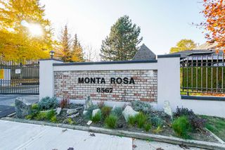 "Photo 1: 44 8567 164 Street in Surrey: Fleetwood Tynehead Townhouse for sale in ""MONTA ROSA"" : MLS®# R2317384"