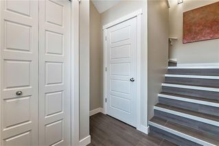 Photo 3: 2 CRANBROOK Villa SE in Calgary: Cranston Row/Townhouse for sale : MLS®# C4215391