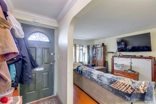 Photo 2: 2254 E 24TH Avenue in Vancouver: Victoria VE House for sale (Vancouver East)  : MLS®# R2326595