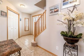 Photo 3: 278 COVENTRY Court NE in Calgary: Coventry Hills Detached for sale : MLS®# C4219338