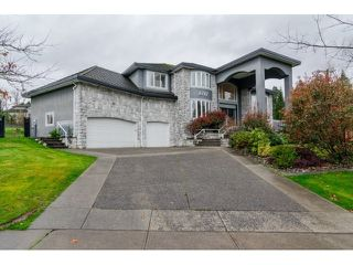 Photo 2: 8787 166B Street in Surrey: Fleetwood Tynehead House for sale : MLS®# R2341846