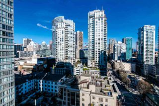 "Photo 10: 1705 969 RICHARDS Street in Vancouver: Downtown VW Condo for sale in ""Mondrian II"" (Vancouver West)  : MLS®# R2344228"
