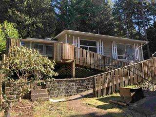 "Main Photo: 5434 MONKEY TREE Lane in Sechelt: Sechelt District House for sale in ""SECHELT BAND LANDS 2"" (Sunshine Coast)  : MLS®# R2346950"