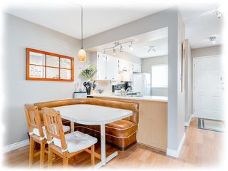 "Photo 3: 3 4220 STEVESTON Highway in Richmond: Steveston South Townhouse for sale in ""Steveston Mews"" : MLS®# R2347534"