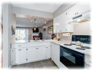 "Photo 4: 3 4220 STEVESTON Highway in Richmond: Steveston South Townhouse for sale in ""Steveston Mews"" : MLS®# R2347534"
