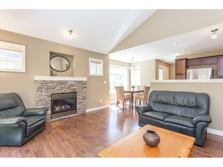 """Photo 6: 24 1175 7TH Avenue in Hope: Hope Center 1/2 Duplex for sale in """"RIVER WYND"""" : MLS®# R2356536"""