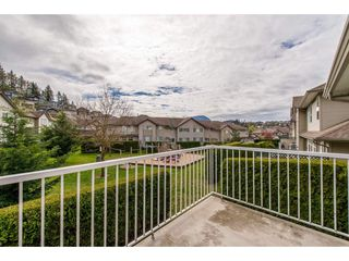 "Photo 2: 50 46360 VALLEYVIEW Road in Sardis: Promontory Townhouse for sale in ""Apple Creek"" : MLS®# R2357020"