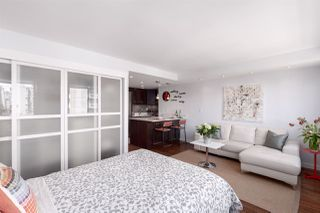 """Photo 8: 704 1250 BURNABY Street in Vancouver: West End VW Condo for sale in """"Horizon"""" (Vancouver West)  : MLS®# R2359043"""
