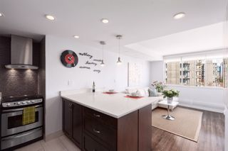 """Photo 2: 704 1250 BURNABY Street in Vancouver: West End VW Condo for sale in """"Horizon"""" (Vancouver West)  : MLS®# R2359043"""