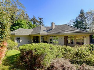 Photo 25: 3220 Exeter Road in VICTORIA: OB Uplands Single Family Detached for sale (Oak Bay)  : MLS®# 408971