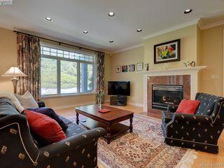 Photo 4: 3220 Exeter Road in VICTORIA: OB Uplands Single Family Detached for sale (Oak Bay)  : MLS®# 408971