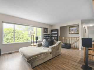 "Photo 5: 4050 WELLINGTON Street in Port Coquitlam: Oxford Heights House for sale in ""OXFORD HEIGHTS"" : MLS®# R2365270"