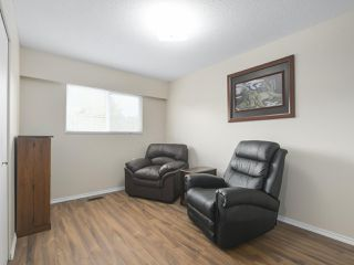 "Photo 13: 4050 WELLINGTON Street in Port Coquitlam: Oxford Heights House for sale in ""OXFORD HEIGHTS"" : MLS®# R2365270"