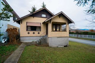 Main Photo: 3497 E 5TH Avenue in Vancouver: Renfrew VE House for sale (Vancouver East)  : MLS®# R2366775