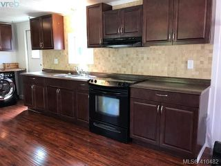 Photo 3: 52 2817 Sooke Lake Rd in VICTORIA: La Langford Proper Manufactured Home for sale (Langford)  : MLS®# 813692