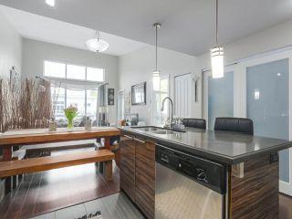 Photo 10: 426 12039 64 Avenue in Surrey: West Newton Condo for sale : MLS®# R2369916