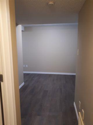 Photo 9: 2379 30 Avenue in Edmonton: Zone 30 House for sale : MLS®# E4158095