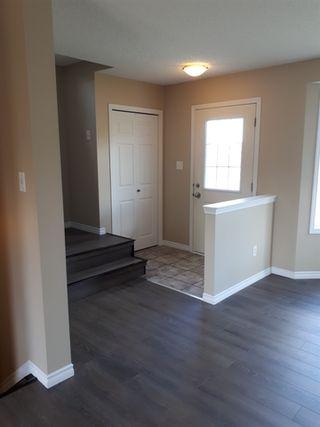 Photo 2: 2379 30 Avenue in Edmonton: Zone 30 House for sale : MLS®# E4158095