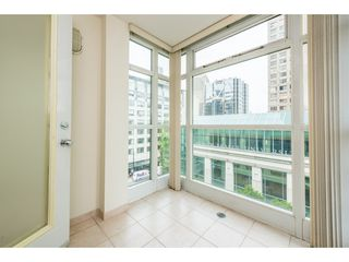 """Photo 5: 507 438 SEYMOUR Street in Vancouver: Downtown VW Condo for sale in """"CONFERENCE PLAZA"""" (Vancouver West)  : MLS®# R2374850"""