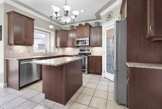 Photo 10: 1711 HASWELL Cove in Edmonton: Zone 14 House for sale : MLS®# E4159290