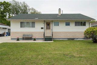 Photo 1: 4 Blueberry Bay in Winnipeg: Windsor Park Residential for sale (2G)  : MLS®# 1914815
