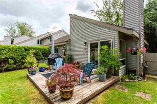 "Photo 13: 6013 E GREENSIDE Drive in Surrey: Cloverdale BC Townhouse for sale in ""Greenside"" (Cloverdale)  : MLS®# R2383724"