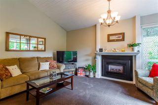 "Photo 2: 6013 E GREENSIDE Drive in Surrey: Cloverdale BC Townhouse for sale in ""Greenside"" (Cloverdale)  : MLS®# R2383724"