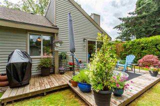 "Photo 14: 6013 E GREENSIDE Drive in Surrey: Cloverdale BC Townhouse for sale in ""Greenside"" (Cloverdale)  : MLS®# R2383724"