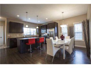 Photo 2: 904 VALOUR Way in Edmonton: Zone 27 Townhouse for sale : MLS®# E4168480