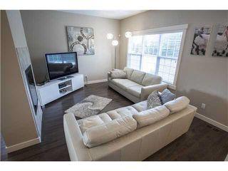 Photo 8: 904 VALOUR Way in Edmonton: Zone 27 Townhouse for sale : MLS®# E4168480