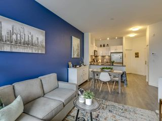 """Photo 3: 307 105 W 2ND Street in North Vancouver: Lower Lonsdale Condo for sale in """"Wallace and McDowell"""" : MLS®# R2412599"""