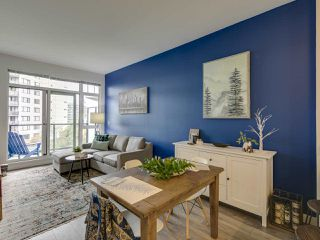 """Photo 4: 307 105 W 2ND Street in North Vancouver: Lower Lonsdale Condo for sale in """"Wallace and McDowell"""" : MLS®# R2412599"""