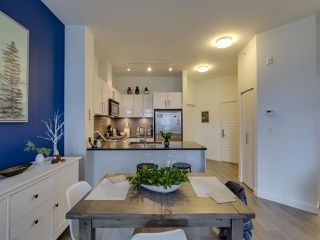 """Photo 5: 307 105 W 2ND Street in North Vancouver: Lower Lonsdale Condo for sale in """"Wallace and McDowell"""" : MLS®# R2412599"""