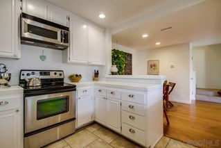Photo 8: CARDIFF BY THE SEA Townhome for sale : 3 bedrooms : 1230 Caminito Septimo