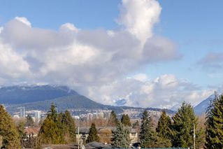 Photo 13: 302 2267 PITT RIVER Road in Port Coquitlam: Central Pt Coquitlam Condo for sale : MLS®# R2443359
