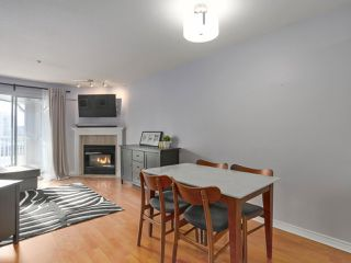 """Photo 8: 408 135 ELEVENTH Street in New Westminster: Uptown NW Condo for sale in """"QUEENS TERRACE"""" : MLS®# R2445118"""