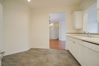 "Photo 10: 207 3098 GUILDFORD Way in Coquitlam: North Coquitlam Condo for sale in ""Malborough House"" : MLS®# R2449072"