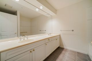 "Photo 12: 207 3098 GUILDFORD Way in Coquitlam: North Coquitlam Condo for sale in ""Malborough House"" : MLS®# R2449072"
