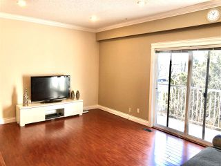 """Photo 3: 6722 KNEALE Place in Burnaby: Montecito Townhouse for sale in """"SPERLING TOWNHOUSES"""" (Burnaby North)  : MLS®# R2450745"""