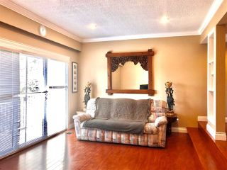 """Photo 4: 6722 KNEALE Place in Burnaby: Montecito Townhouse for sale in """"SPERLING TOWNHOUSES"""" (Burnaby North)  : MLS®# R2450745"""