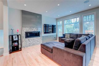 Photo 8: 2704 LIONEL Crescent SW in Calgary: Lakeview Detached for sale : MLS®# C4297137