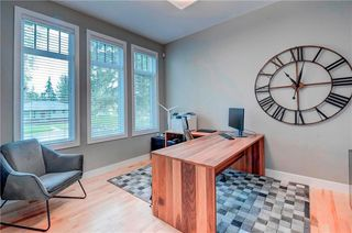 Photo 12: 2704 LIONEL Crescent SW in Calgary: Lakeview Detached for sale : MLS®# C4297137