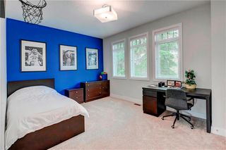 Photo 25: 2704 LIONEL Crescent SW in Calgary: Lakeview Detached for sale : MLS®# C4297137