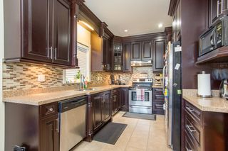 Photo 2: 3857 PARKER Street in Burnaby: Willingdon Heights House for sale (Burnaby North)  : MLS®# R2470283