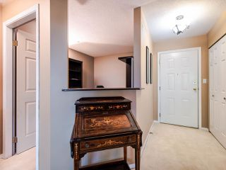 """Photo 3: 108 20140 56 Avenue in Langley: Langley City Condo for sale in """"Park Place"""" : MLS®# R2481313"""