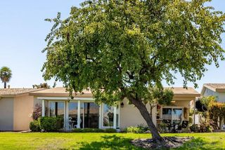 Photo 24: OCEANSIDE House for sale : 2 bedrooms : 3808 Vista Campana S #47