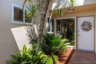 Photo 3: OCEANSIDE House for sale : 2 bedrooms : 3808 Vista Campana S #47