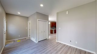 Photo 3: 11810 64 Street NW in Edmonton: Zone 06 Duplex Front and Back for sale : MLS®# E4212133