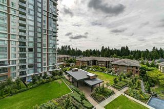 "Photo 19: 702 3096 WINDSOR Gate in Coquitlam: New Horizons Condo for sale in ""Mantyla by Polygon"" : MLS®# R2492925"