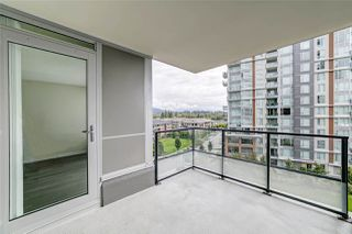 "Photo 17: 702 3096 WINDSOR Gate in Coquitlam: New Horizons Condo for sale in ""Mantyla by Polygon"" : MLS®# R2492925"